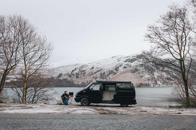 ¿Es legal acampar con tu furgoneta camper?