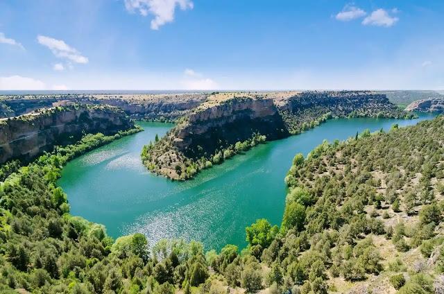 Viaja en camper por los sitios más espectaculares del norte de Madrid